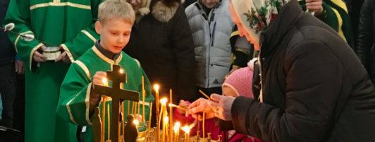Панихида по погибшим в Кемерово